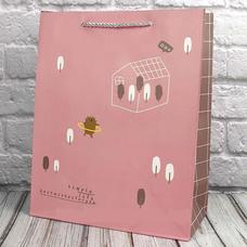 """Подарочный пакет """"Звери в лесу"""" (розовый) 23х18х10 см"""