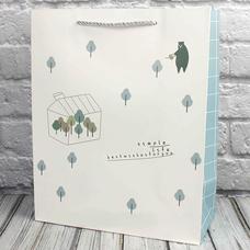 """Подарочный пакет """"Звери в лесу"""" (белый) 23х18х10 см"""