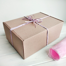 """Подарочная коробка """"Крафтовая"""", с розовой тишью"""