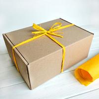 """Подарочная коробка """"Крафтовая"""", с жёлтой тишью"""