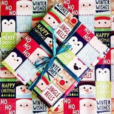 """Упаковка в подарочную бумагу """"Новогодние пингвины"""""""