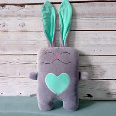 """Игрушка ручной работы """"Влюблённый заяц"""", серо-мятный"""