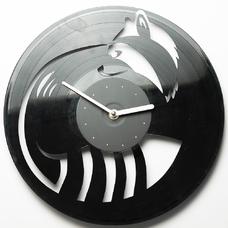 """Виниловые часы """"Енот"""""""