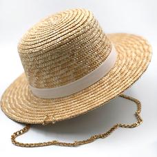 Соломенная шляпа с белой лентой